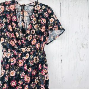 NWT Band of Gypsies Floral Faux Wrap Romper